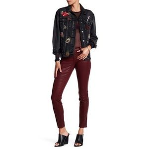 Level 99 Liza Coated Burgundy Skinny Jeans Size 30